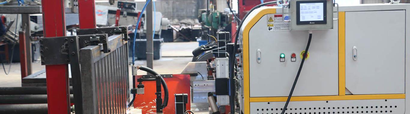 水泊瓦楞板自动焊接机效率高于机器人2倍